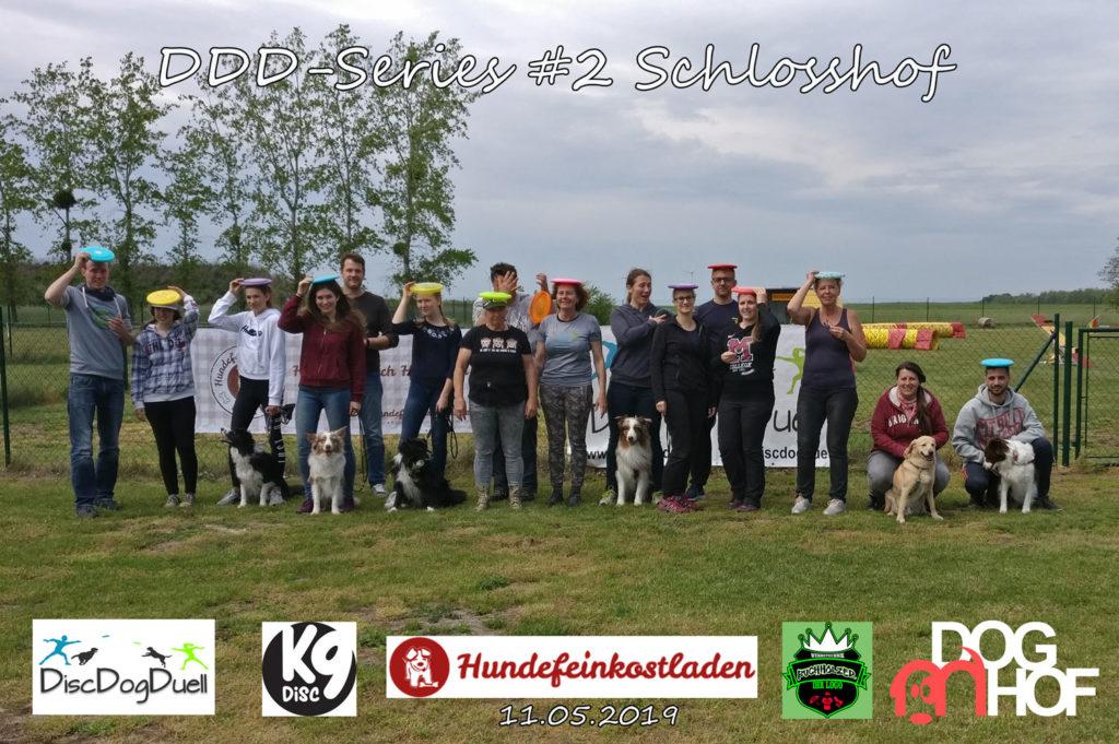 Gruppenfoto Dogfrisbee DDD-Series Turnier am 11.05.2019 in Doghof, Schlosshof, Niederösterreich