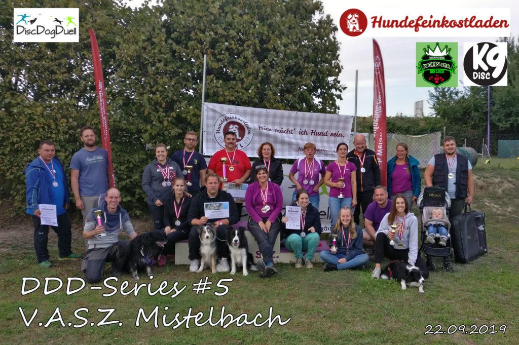 Gruppenfoto Dogfrisbee DDD-Series Turnier am 22.09.2019 am V.A.S.Z Mistelbach in Niederösterreich