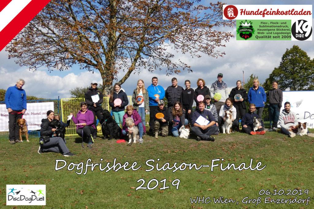 Gruppenfoto des Dogfrisbee Siason Finales 2019 in Wien